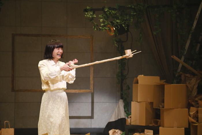 本多劇場グループnext「DISTANCE-TOUR-」北九州公演 舞台写真より 写真:杉和博