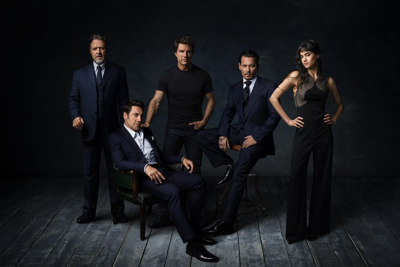 左から、ラッセル・クロウ、ハビエル・バルデム、トム・クルーズ、ジョニー・デップ、ソフィア・ブテラ『ダーク・ユニバース』のスターたち  (C)Universal Pictures