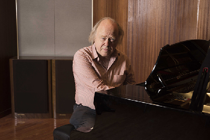奇才と称されるヴァレリー・アファナシエフ、日本で17年ぶりに得意とするブラームスのピアノ協奏曲第2番を披露