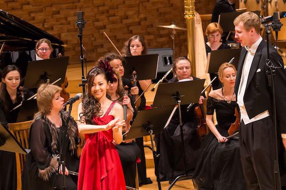 ロシア・マリインスキー劇場 コンサートホールで開催の「日露文化交流スペシャルコンサート」に出演した倉木麻衣。