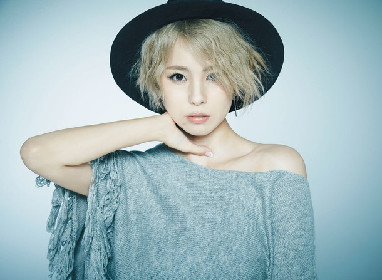Noa、初のカバーアルバムでX JAPANの「Tears」熱唱