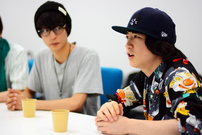 (右)吉田翔吾