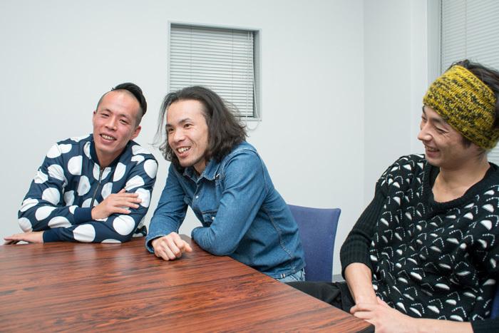 左より、大植真太郎、平原慎太郎、森山未來 (撮影:横山将勝)