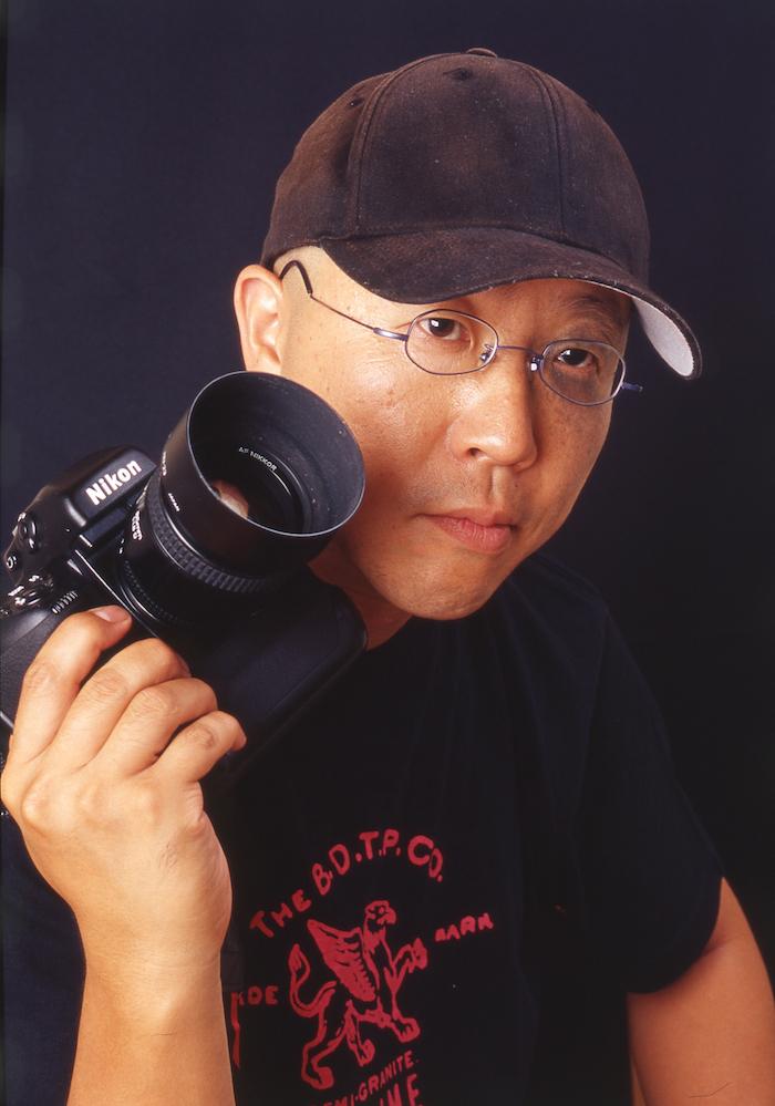 写真家の安野亨