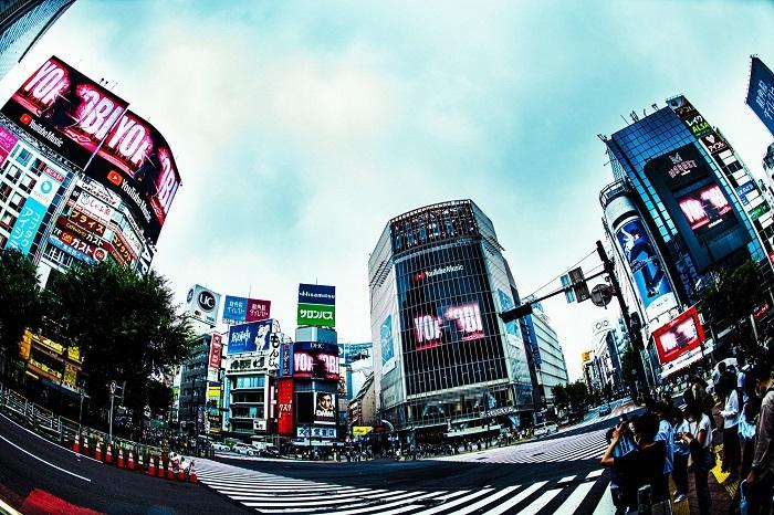 渋谷大型ビジョン6面ゲリラジャックの様子