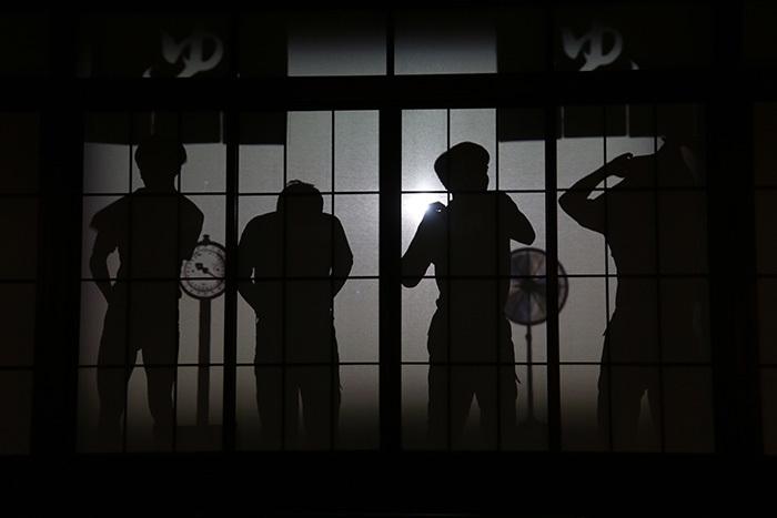 見分けるポイントはやっぱり「肩」!「歌喜劇/市場三郎~温泉宿の恋」