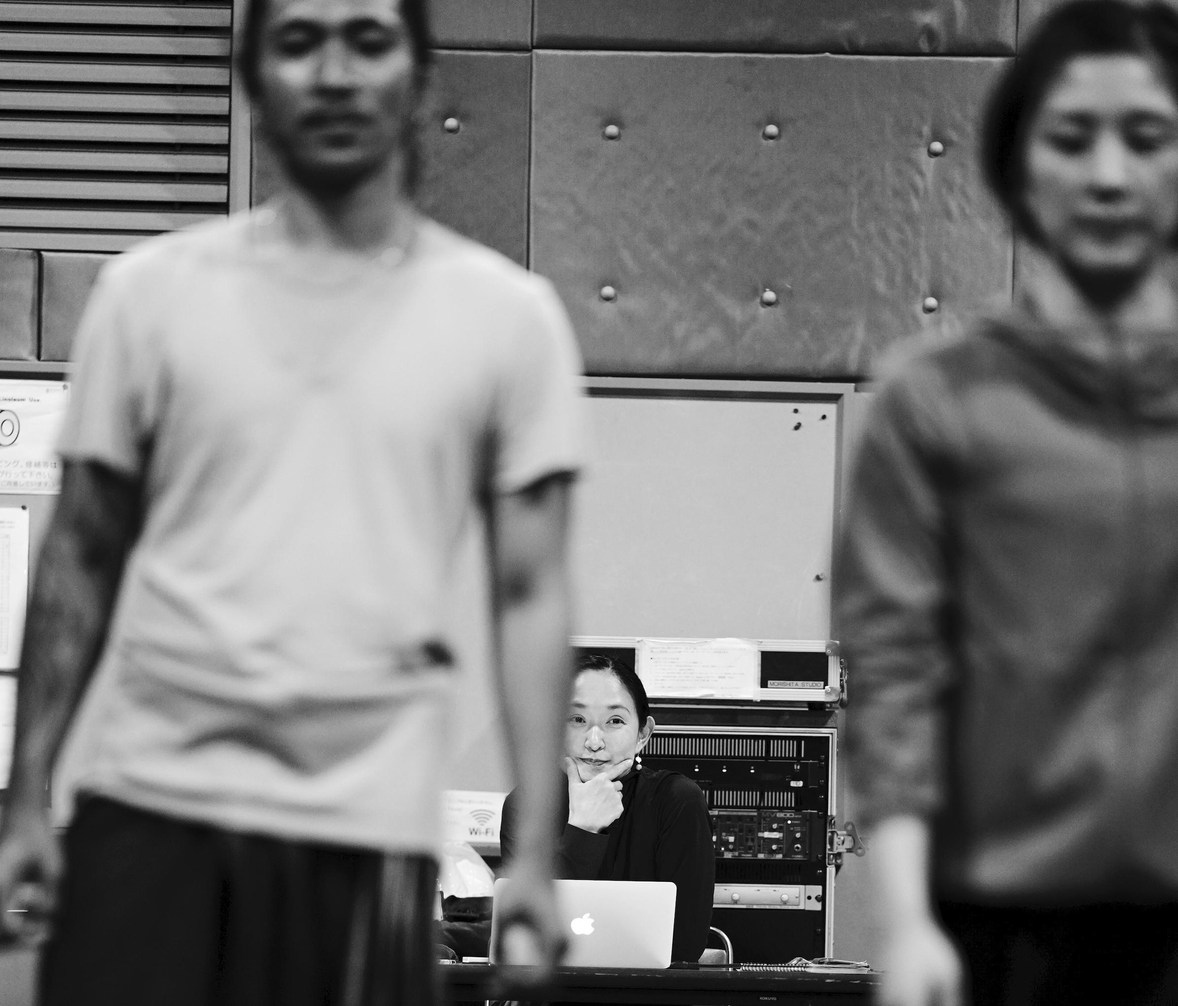 「梁塵の歌」稽古より 撮影:大洞博靖