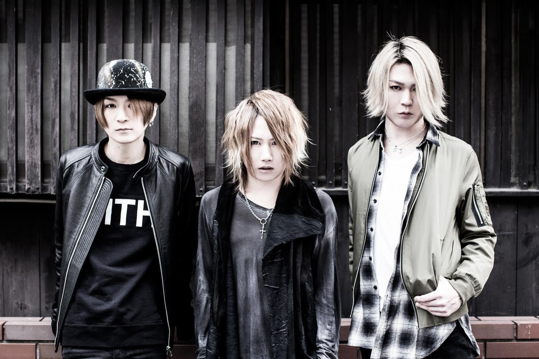 NIGHTMARE(L→R:咲人,YOMI,Ni~ya)/撮影=大塚秀美