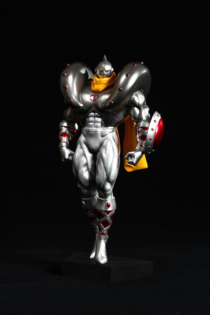 シルバーマン 戦闘ver. (C)ゆでたまご・東映アニメーション