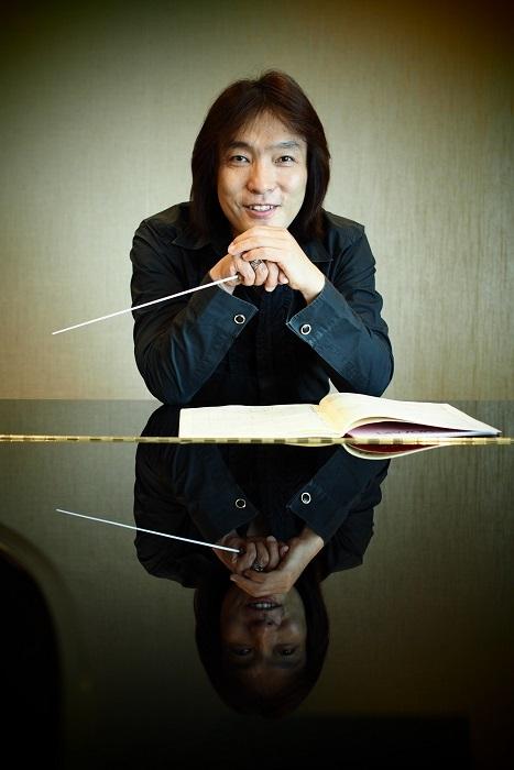 3年目のテーマは 発展 !と力を込める首席指揮者 飯森範親 (C)山岸伸