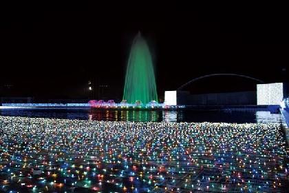 500万球の宝石色イルミとサンタが共演!よみうりランドの夢あふれるクリスマス