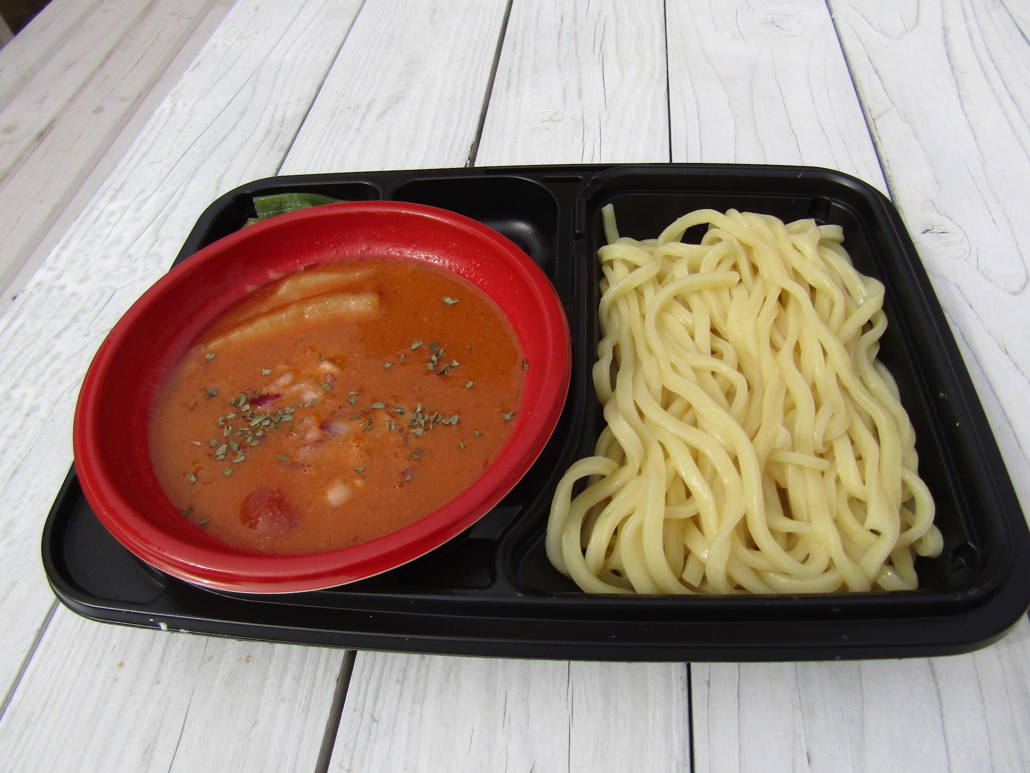 つけ麺庵 癒庵『とろ~りチーズと完熟トマトのつけ麺』<山形>