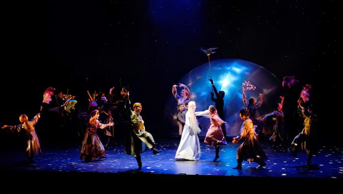 ダンス×人形劇『ひなたと月の姫』
