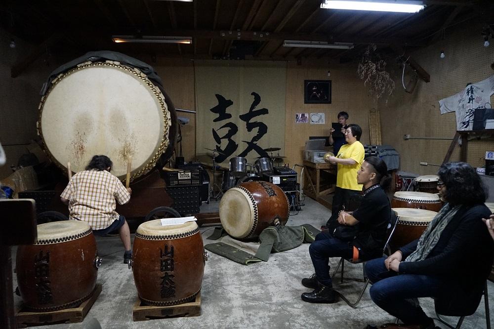 「東京キャラバン in 高知」リサーチの様子