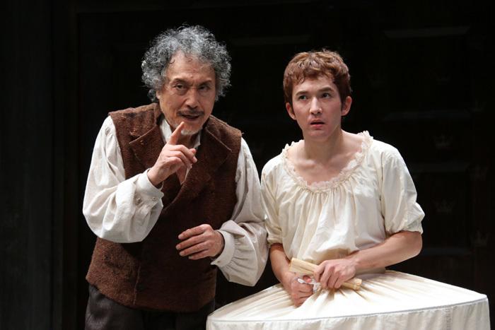 舞台『CRESSIDA クレシダ』より(左:平幹二朗さん)