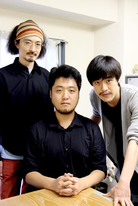 (左から)演出:日澤雄介、脚本:古川健、大正天皇役:西尾友樹、