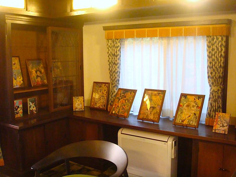 2階の展示室3(旧書斎)では、装幀の仕事を紹介
