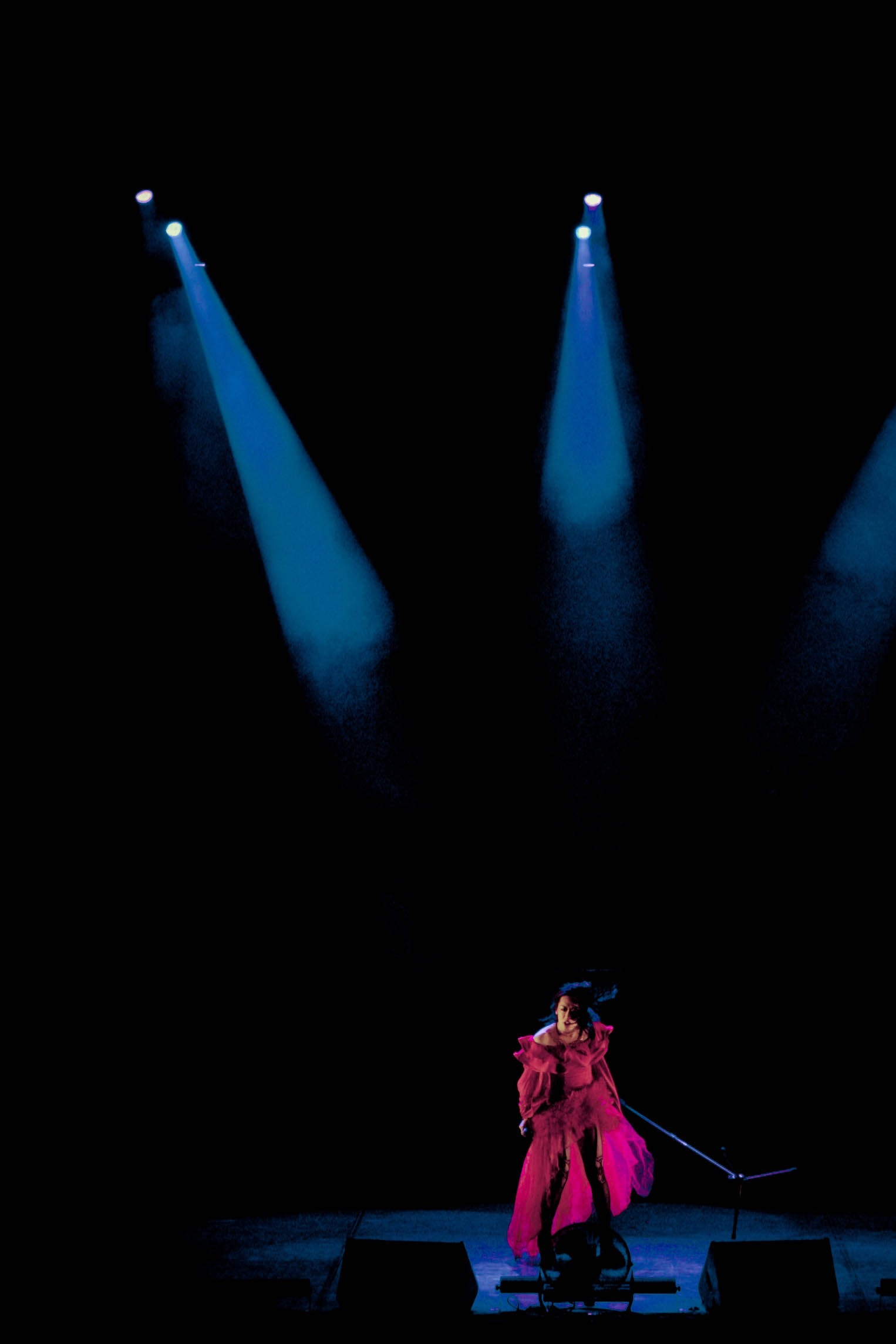 2018年12月20日 中央民族歌舞団民族劇院 北京公演の模様  Photo by Xiaobei/東京ゲゲゲイ北京公演((独)国際交流基金主催)より
