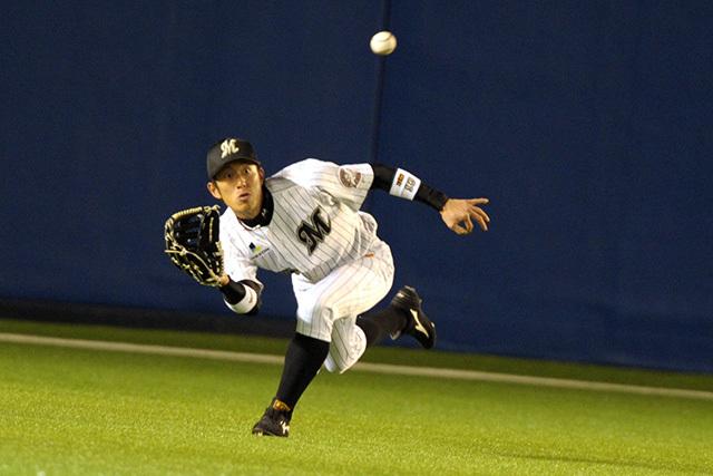千葉ロッテマリーンズに10年在籍した岡田幸文外野手