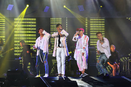 BIGBANG、三浦大知、和楽器バンドら14組の競演に55,000人が熱狂『a-nation stadium fes. powered by dTV』