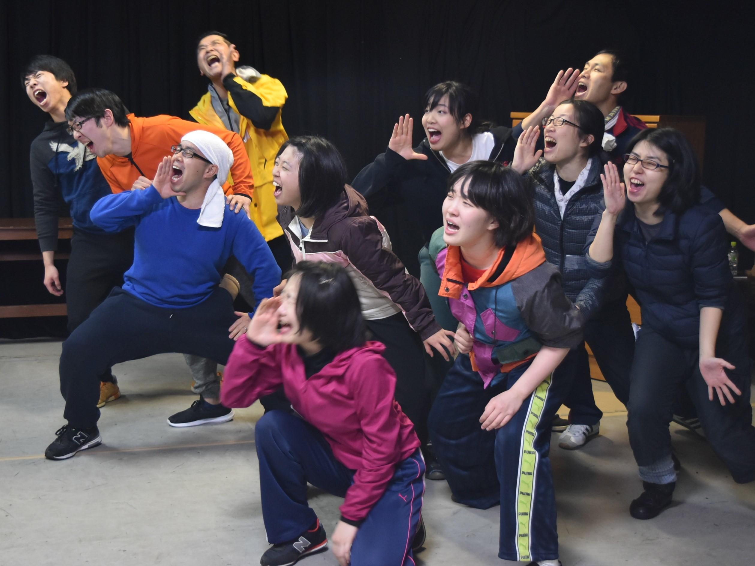 現代演劇レトロスペクティヴ AI・HALL+内藤裕敬『二十世紀の退屈男』稽古場風景より。