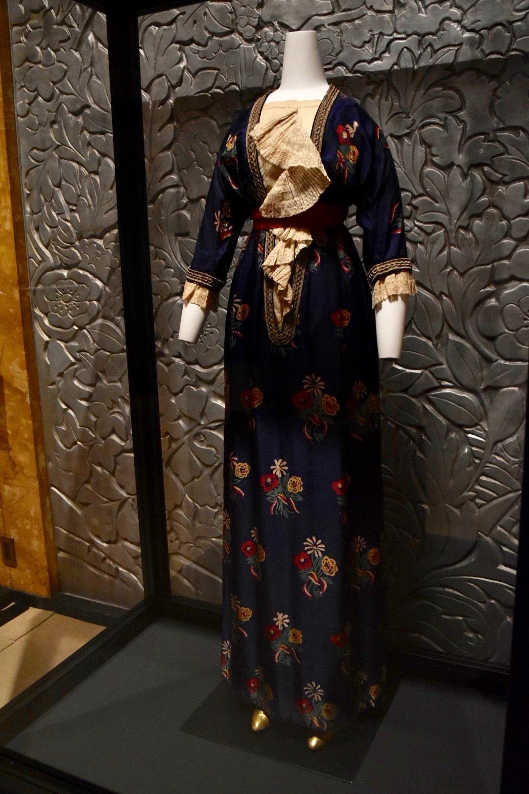 アフタヌーン・ドレス《シャンペトル》 ポール・ポワレ 1911年 藤田真理子、ポール・ジュリアン・アレキサンダー蔵