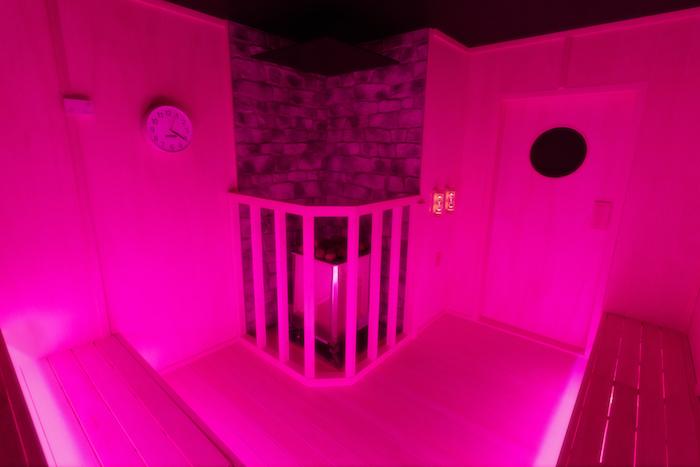 Static Pink(女性専用)は微かにジンジャーのアロマ(写真=オフィシャル提供)