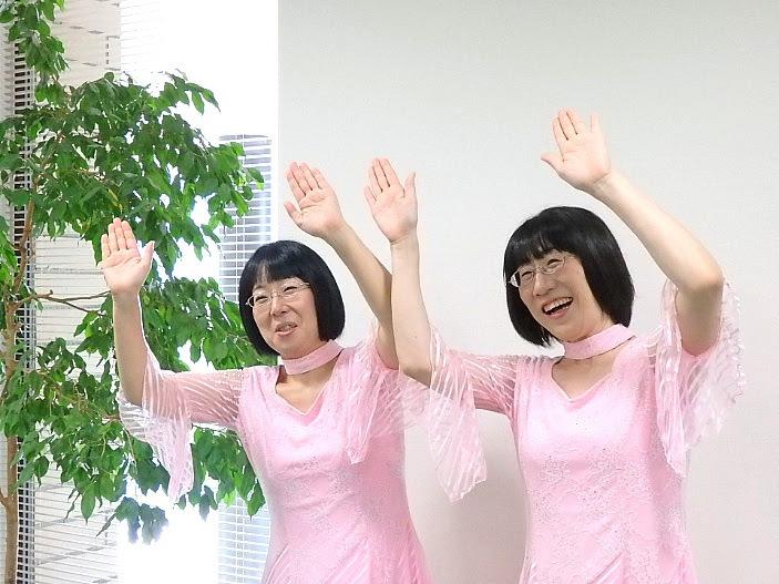 阿佐ヶ谷姉妹単独ライブ1『産声~うぶごえ~』取材会より(撮影/石橋法子)