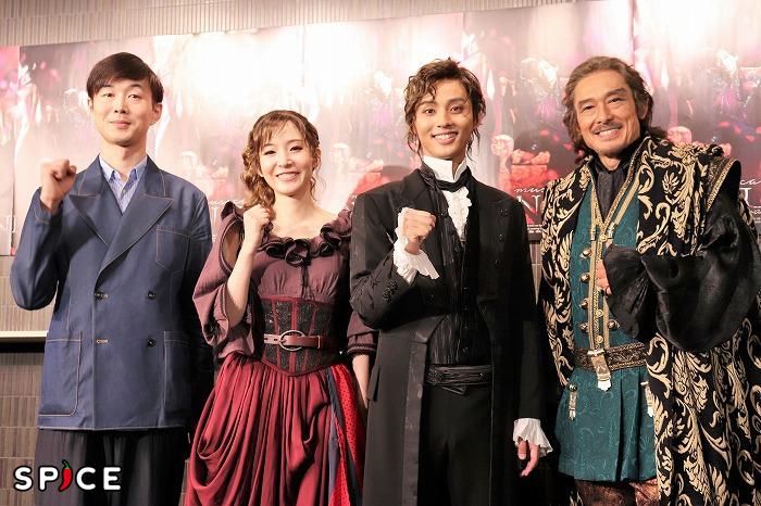 (左から)生田大和、蓮佛美沙子、藤ヶ谷太輔、鶴見辰吾