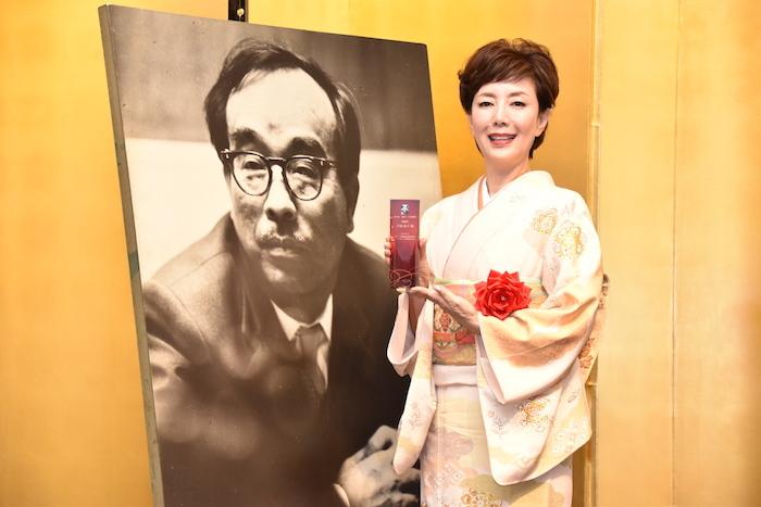 第43回菊田一夫演劇賞を受賞した戸田恵子