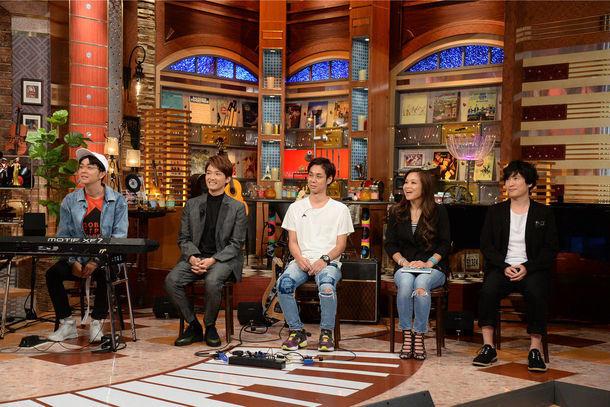 左からヒャダイン、井上芳雄、NAOTO(ORANGE RANGE)、田中雪子、清塚信也。 (c)テレビ朝日