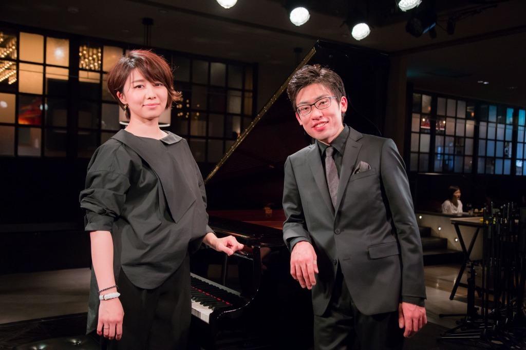 4月22日 二人の演奏会が開かれる