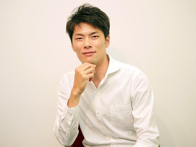外山啓介(ピアノ)
