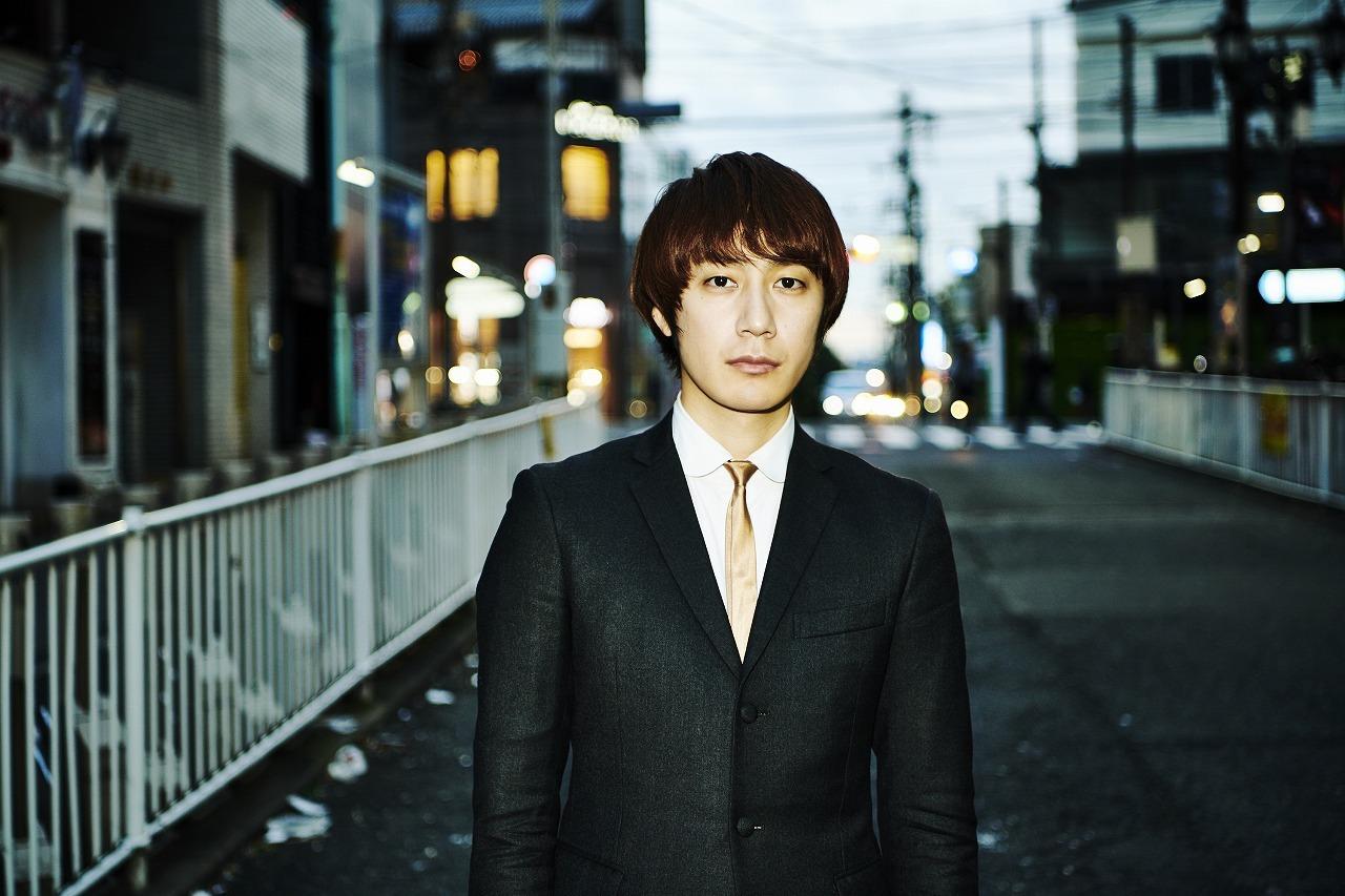 THE BAWDIES/ROY(Ryo Watanabe):Vo,B 撮影=大橋祐希