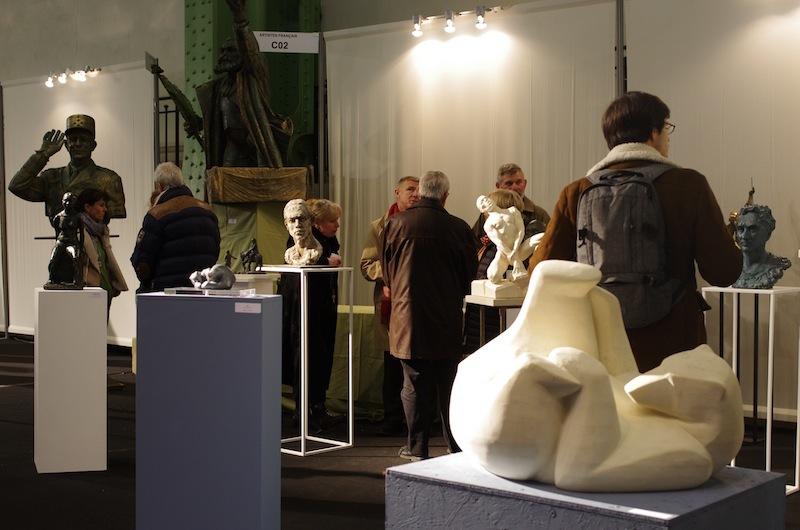 会場には絵画だけでなく、オブジェや彫刻も展示されていました。