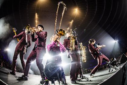 東京スカパラダイスオーケストラ、大阪城ホールのアリーナ中央に円形のステージを組んだ360度ライブ『スカフェス in 城ホール』