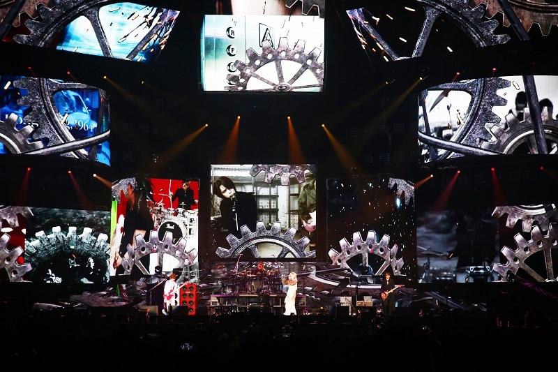L'Arc-en-Ciel『25th L'Anniversary LIVE』2017.4.9 撮影=今元秀明 / 岡田貴之 / 緒車寿一 / 加藤千絵 / 田中和子