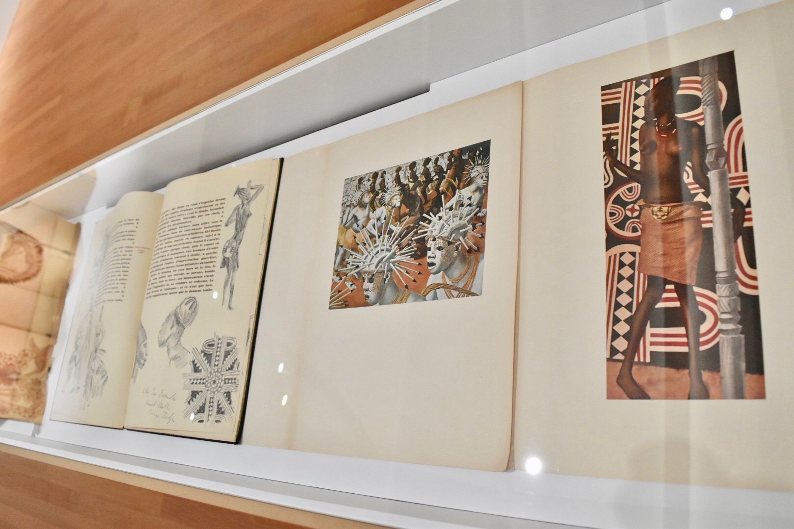 『アフリカのデッサンと絵画集』 アレクサンドル・ヤコヴレフ 1927年 東京都庭園美術館蔵