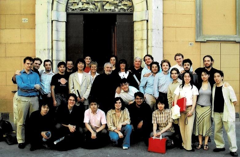 シエナ キジアーナ音楽院指揮コース 師ジャンルイジ・ジェルメッティと一緒の記念写真。