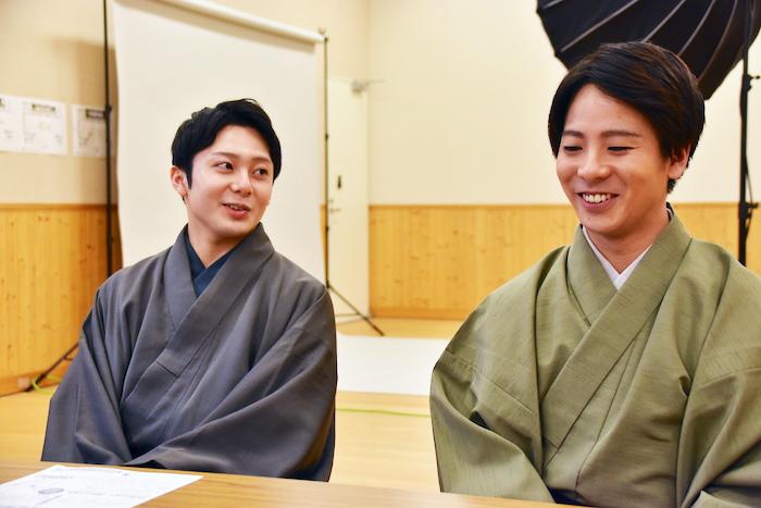 中村梅丸(左)と中村鶴松