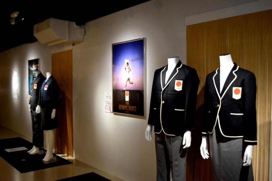 「オリンピックのデザイン文化」 1964年東京オリンピックを彩った制服、ポスター等を公開