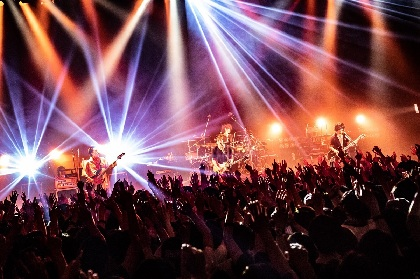 "Nothing's Carved In Stone、ツアーファイナルにして新たなスタートとなった""最高""のライブ"