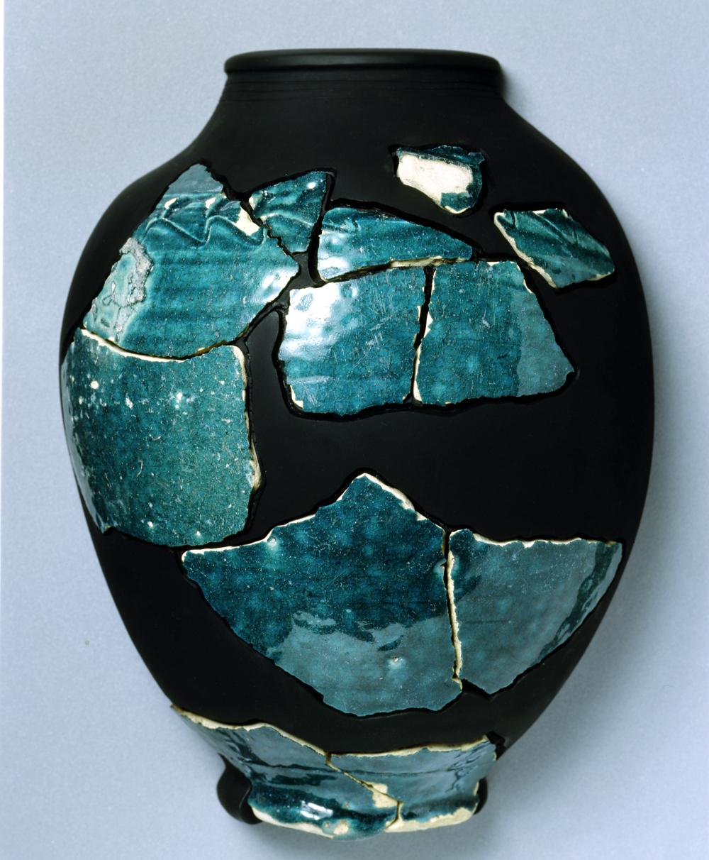 イスラーム陶器:日本、 奈良県西大寺遺跡出土、 8世紀中頃(奈良市埋蔵文化財調査センター)