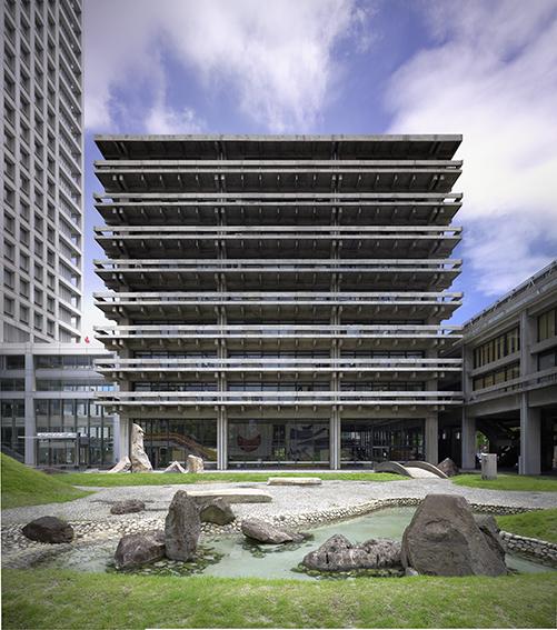 《香川県庁舎》 丹下都市建築設計 1959年 香川 撮影:市川靖史 画像提供:香川県