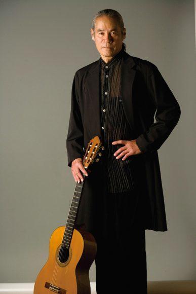 荘村清志(ギター) ©得能通弘 CHROME