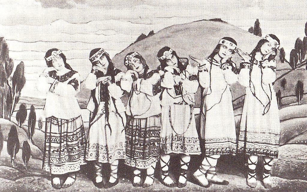 『春の祭典』1913年初演時のダンサー達