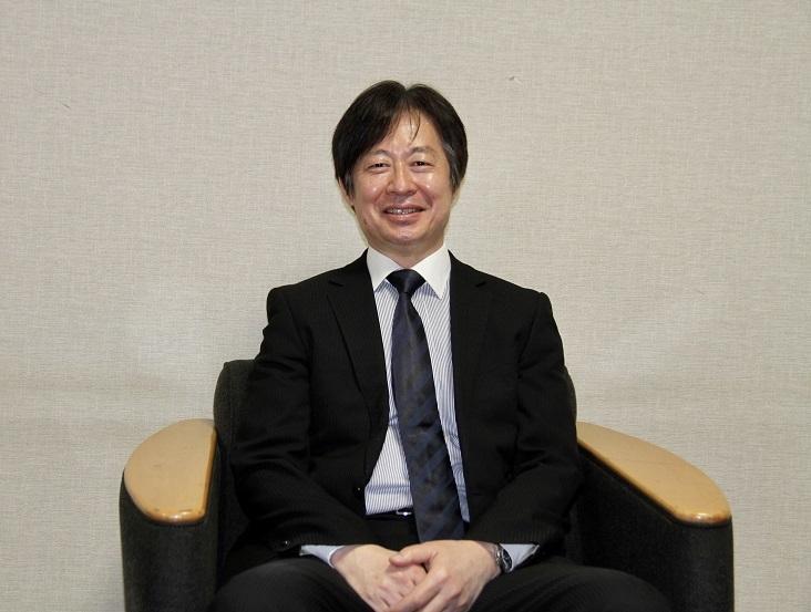 事務局次長・演奏事業部長 福山修     (C)H.isojima