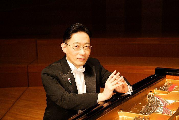 パーソナリティーを務めて19年目、ピアニストの小原孝