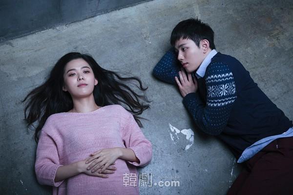 イーライ役のイ・ウンジ(左)とオスカー役のオ・スンフン