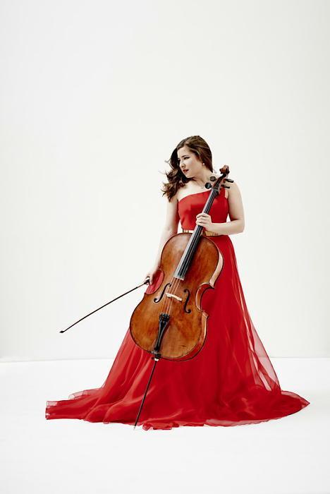 アリサ・ワイラースタイン(チェロ) (写真:Decca/Paul Stuart)